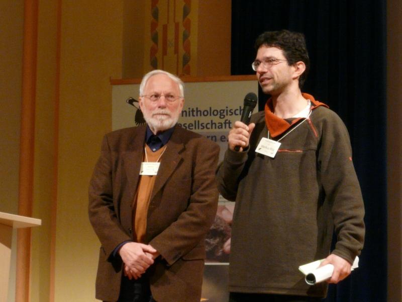 Der Vorstand der Ornithologischen Gesellschaft in Bayern e.V. (Manfred Siering) und des Vereins Sächsischer Ornithologen e.V. (Markus Ritz)