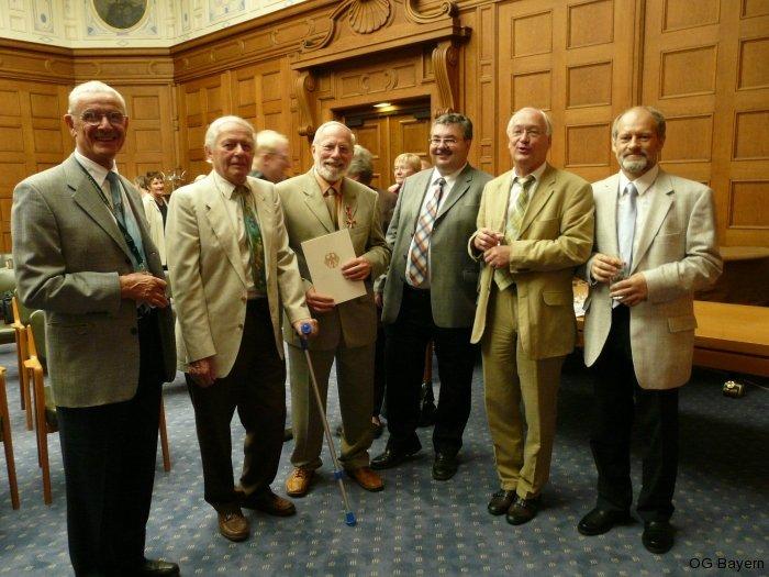 OG-Vorstand mit Ehrenmitglied Dr. Manfred Kraus (2. v. l.) am 2. September 2009